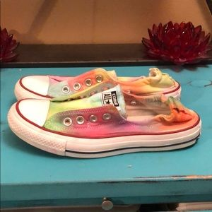 Tie dyed lace less Converse
